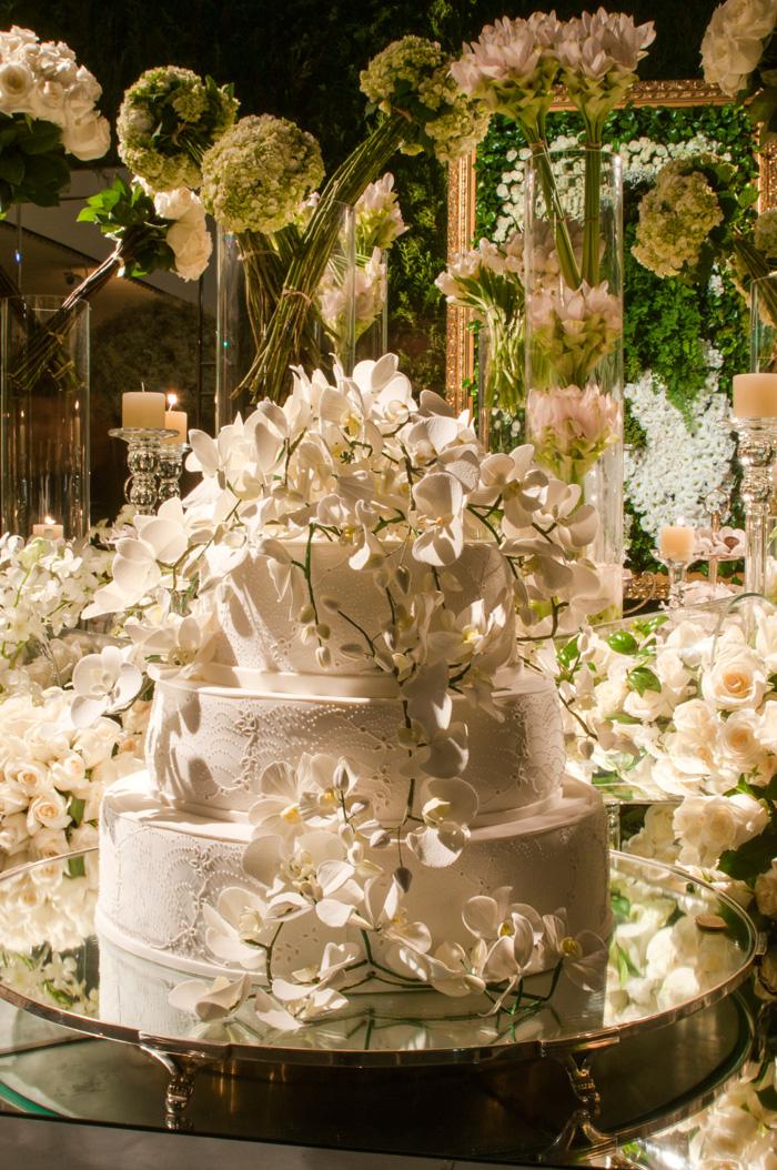 Detalhes da mesa de doces, e o bolo maravilhoso feito pela Isabela Suplicy!