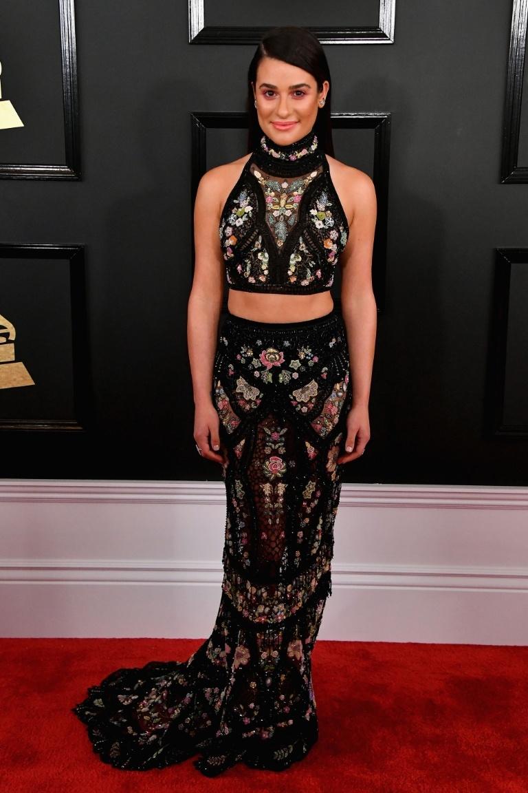 A Lea Michele achei o look mais pesadinho, mas estava própria!